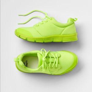 Gap Fit Sneakers NWT